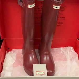 PRICE DROP!! Hunter Fire Red Boots!
